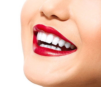 Dr E. Griffin Cole offers various treatments in cosmetic dentistry to enhance the smile
